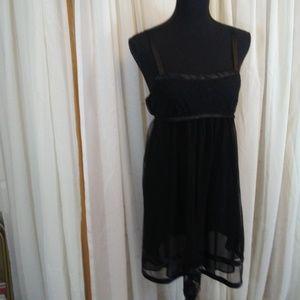 Oscar de la Renta Black Shortie Nightgown